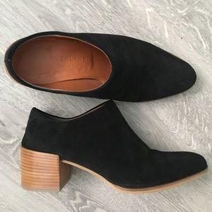 Everlane The suede heel mule, sz 5, black